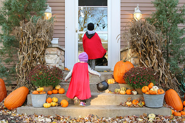 Halloween Safety Tips, Porch Lights